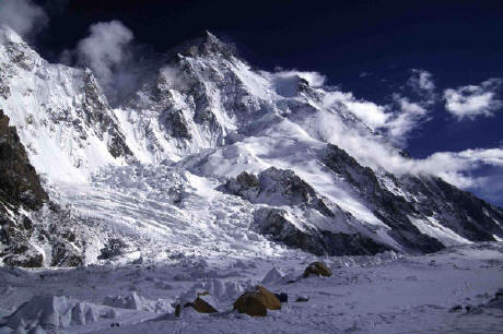 K2 Base Camp At Night ... Schreilechner Broad Peak and K2 Expedition 2004 update 10 and 11